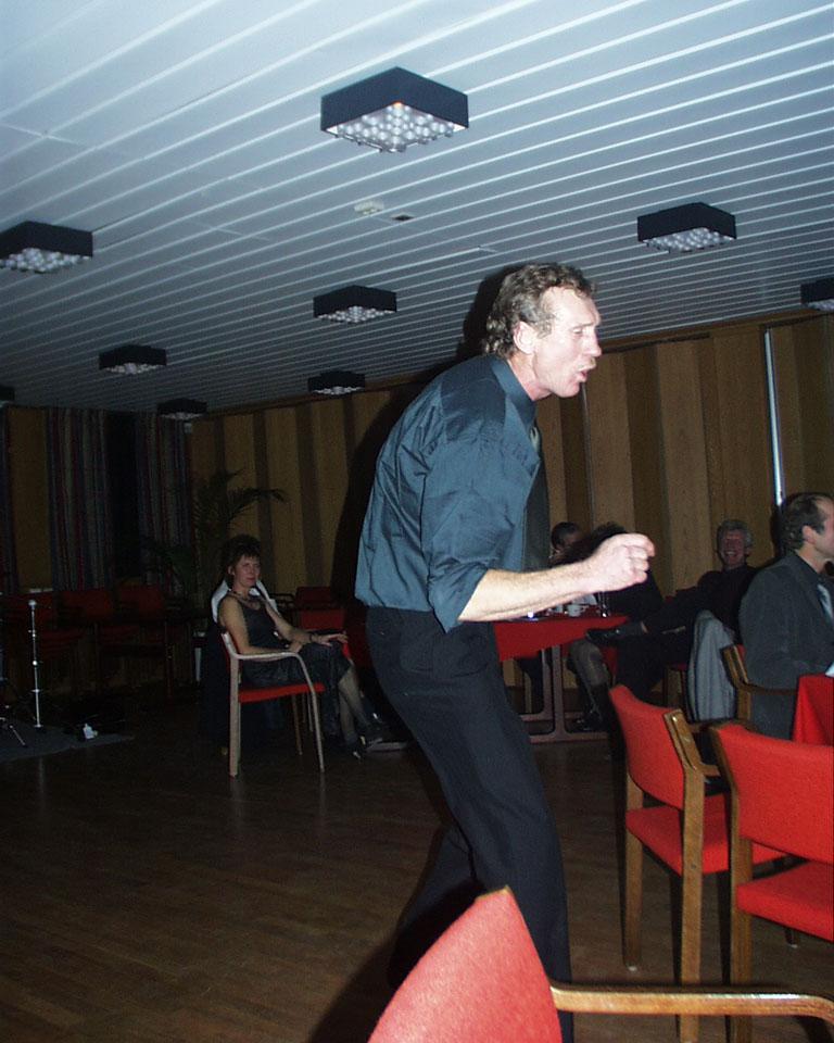Leif Arne Engelsvoll takker for festen