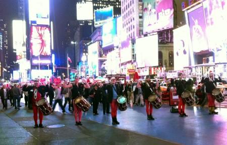 SAKMIL på Times Square